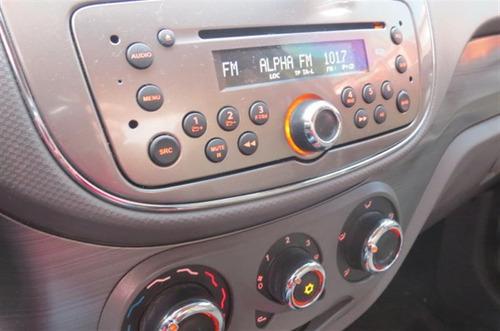 fiat siena 1.6 mpi essence 16v flex 4p  2014/2015