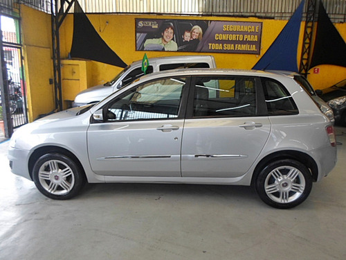fiat stilo 1.8 8v flex dualogic 5p