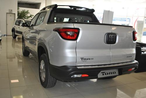 fiat toro 1.8 at 4x2 gris 4 puertas 2018 ***