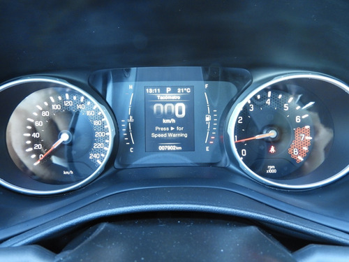 fiat toro freedom 1.8 aut. 6 vel. 0km.