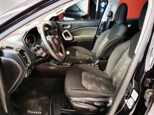 fiat toro freedom 4x2 diesel 2017 unica mano