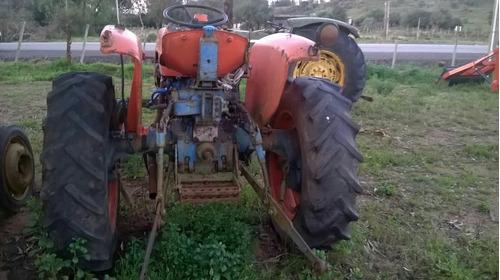 fiat tractor  fiat  .  45  hp  . muy  sano 1985