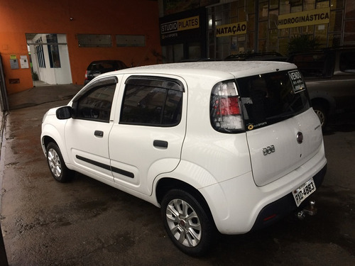 fiat uno attractive 1.0 flex 5 portas