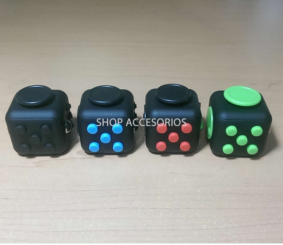 fidget cube original antiestres ansiedad inclye funda. Black Bedroom Furniture Sets. Home Design Ideas