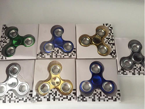 fidget spinner metálico 100% calidad 20 soles cada uno