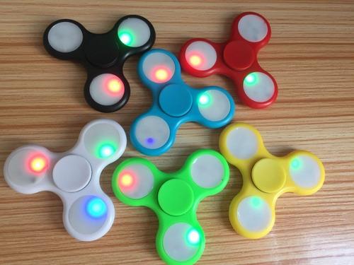 fidget spinner reductor de estrés con luces led con envio