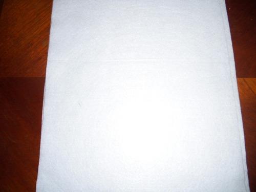 fieltro color blanco puro 4x1  mide 45 por 29 cm c/u calidad