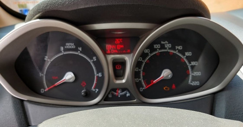 fiesta ford 2013 / único dueño / 84,400 km