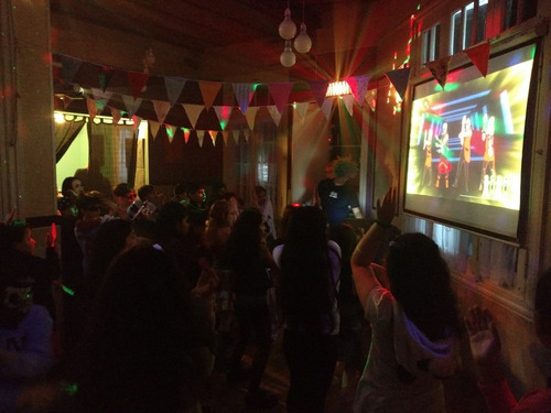 fiesta teen ideal para chicos entre 10 y 15 años mini disco