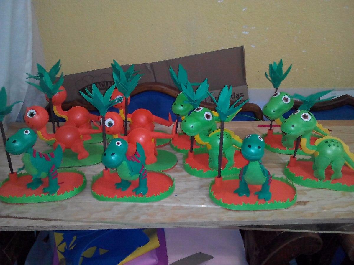 Centro de mesa dinosaurios fiestas infantiles recuerdos for Mesas cumpleanos infantiles
