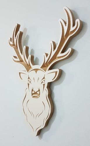 figura 3d entalhada em madeira - cabeça de cervo - veado