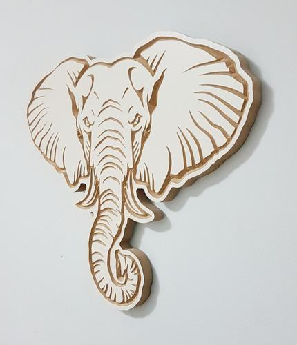 figura 3d entalhada em madeira - elefante