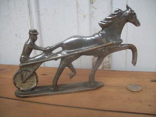 figura bronce niquelado caballo sulky