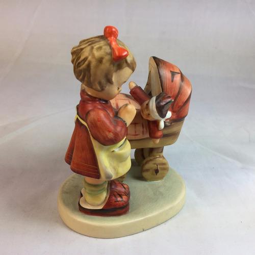 figura coleccionable de porcelana alemana hummel goebel 2