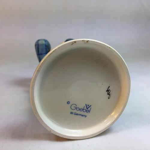 figura coleccionable de porcelana alemana hummel goebel 7