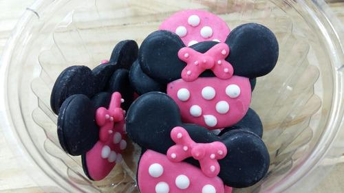 figura comestible de pastillaje de minnie mouse