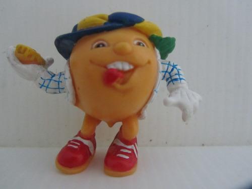 figura d jugo kapo parecido a naranjito mascota mundial fifa