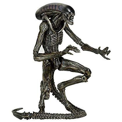 figura de acción neca scale series 8 dog alien gray, 7...