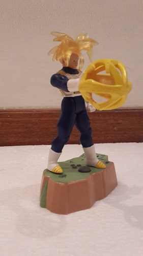 figura de acción usada dragonball z trunks super sayayin