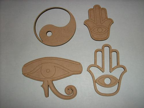 figura de fibrofácil del símbolo del ohm para decorar