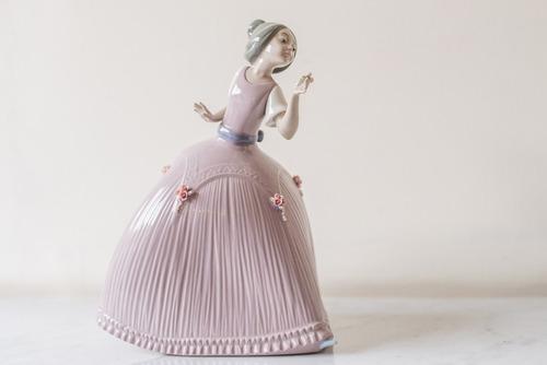 figura de porcelana española lladro, de los años 70.