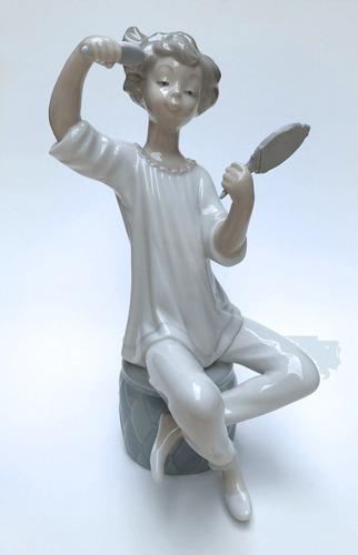 figura de porcelana española lladró - girl with brush