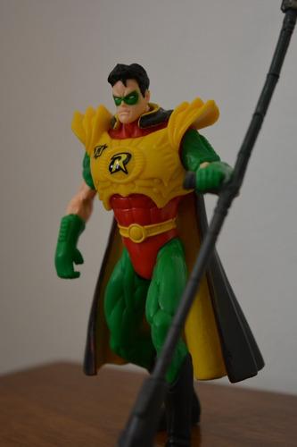 figura de robin justice league of america con armadura