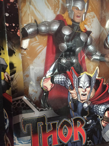 figura de thor gigante nuevo
