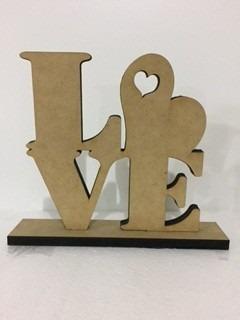 figura en mdf love con base