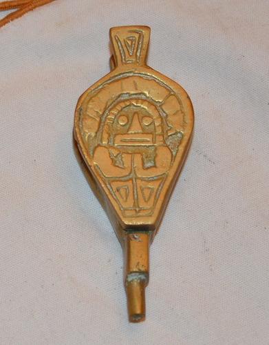 figura en miniatura de bronce.
