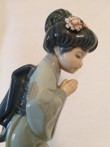 figura en porcelana lladró joven geisha sayonara como nuevo