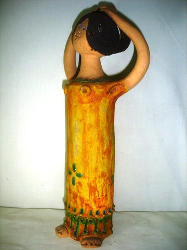 figura escultura petite artesania mujer colla colecc (3274)