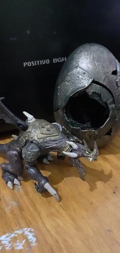figura huevo dragón y dragon
