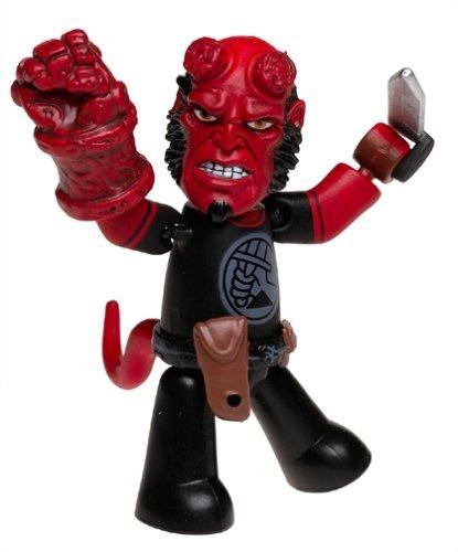 figura mezco hellboy mez itz hellboy black shirt kroenen