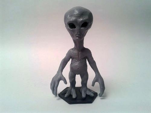 figura muñeco alien marciano extraterrestre en resina