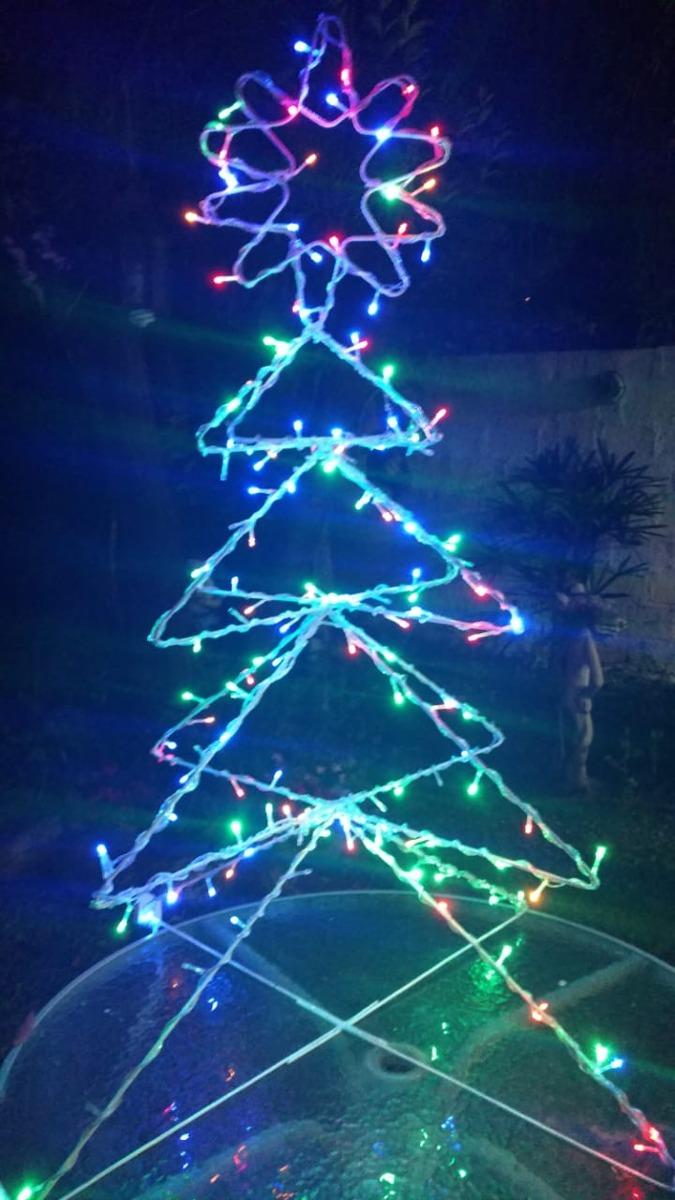 7f587b1c989 figura navideña trineo con reno y papa noel con luces led. Cargando zoom.