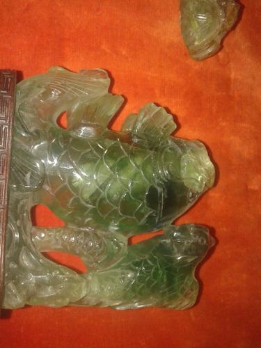 figura pescado piedra raíz de esmeralda