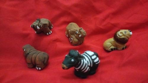 figuras barro vidriado decoración colección elefante león