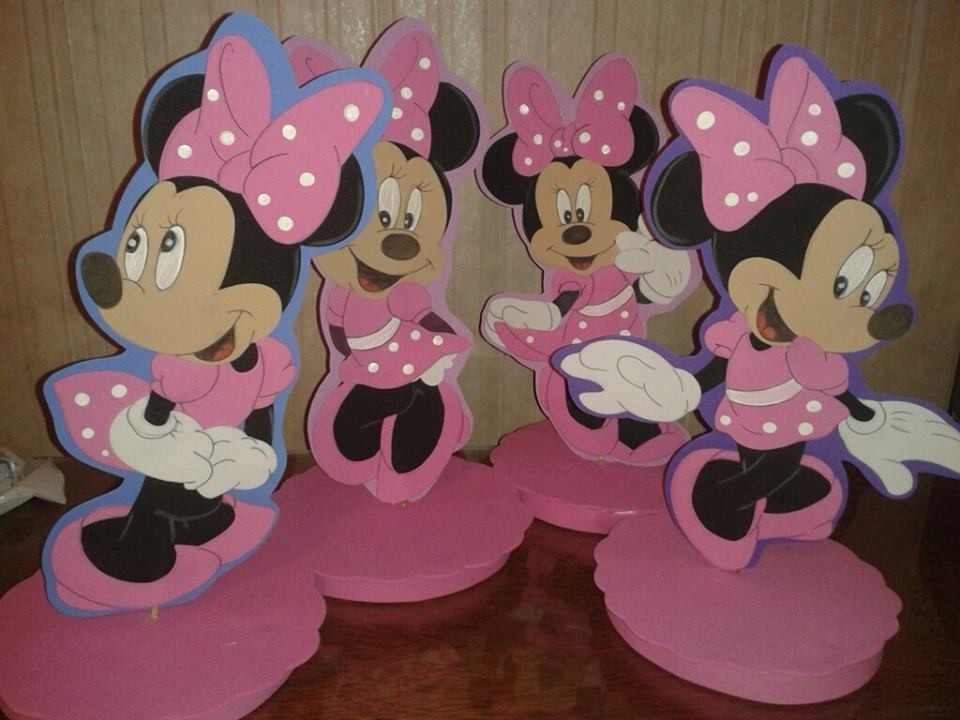 Figuras carteles decoraciones de minnie en goma eva for Decoracion de goma eva para cumpleanos
