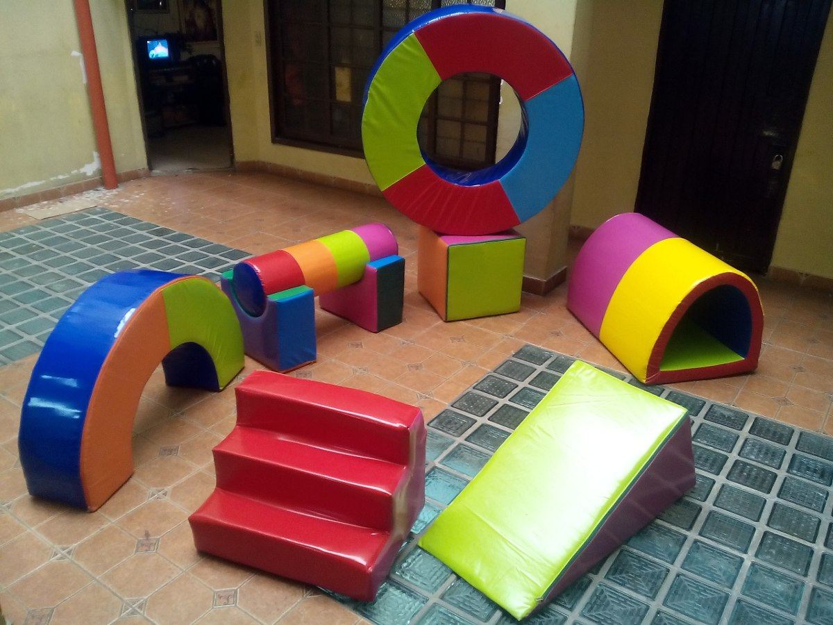 Figuras para jardines infantiles colchonetas y piscina for Colchonetas de piscina