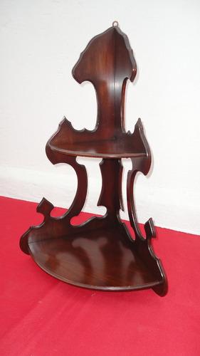 fina repisa victoriana antigua rinconera tallada veala