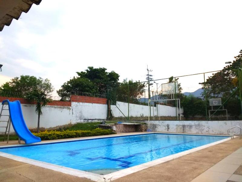 finca con piscina privada campestre se renta por meses