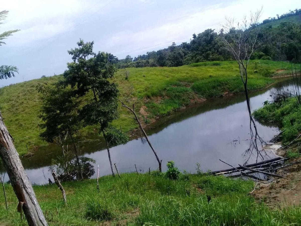 finca de 32 hectáreas  ganadera con 10 potreros para ganado