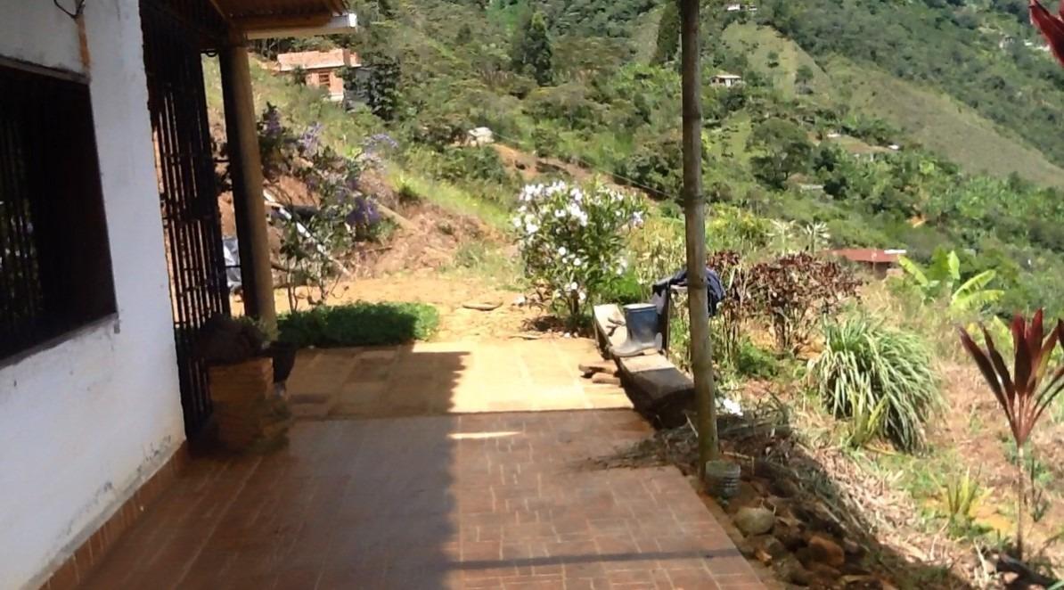 finca en copacabana 5.500m²