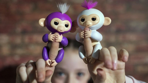 fingerlings mono interactivo +40 sonidos monito muñeco orig