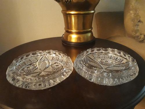 fino cenicero  de  cristal    belga ,  tallado muy  antiguo
