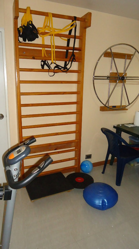 fisioterapia a domicilio y en consultorio.