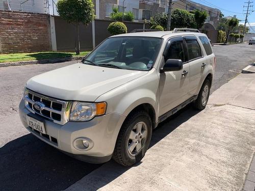 flamante ford escape de venta