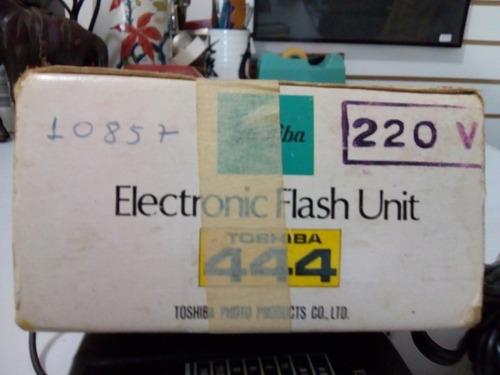 flash fotográfico toshiba 444.