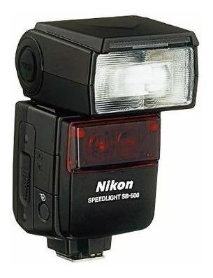 flash nikon sb-600 ttl speedlight sem detalhes.